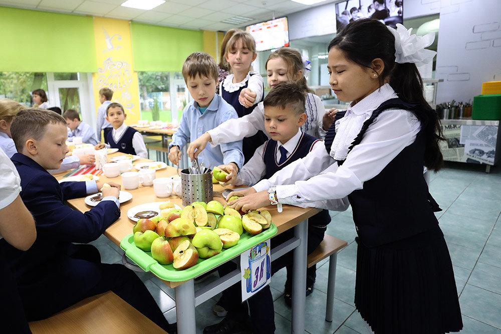Назрела перемена блюд. Школьные обеды предлагают разбавить органическими продуктами